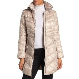 Via Spiga NWT Quilted Puffer Coat Jacket Champagne